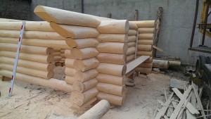 Przebudowa domu drewnianego a garaż