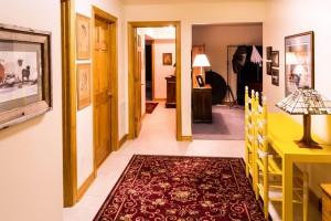 Jaki kolor paneli podłogowych i drzwi wewnętrznych?