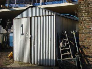 Budowa garażu blaszanego z profili aluminiowych